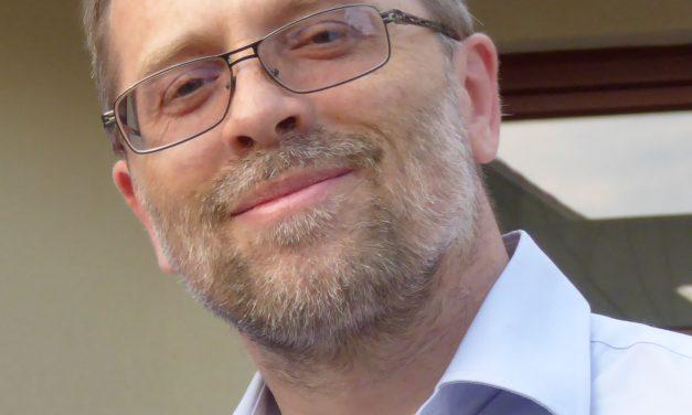 Prof. Paweł Stępień otrzymał nagrodę dydaktyczną rektora UW