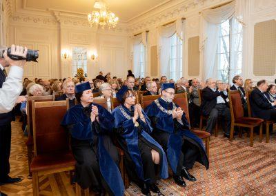 Zebrani w Sali Senatu podczas wykładu