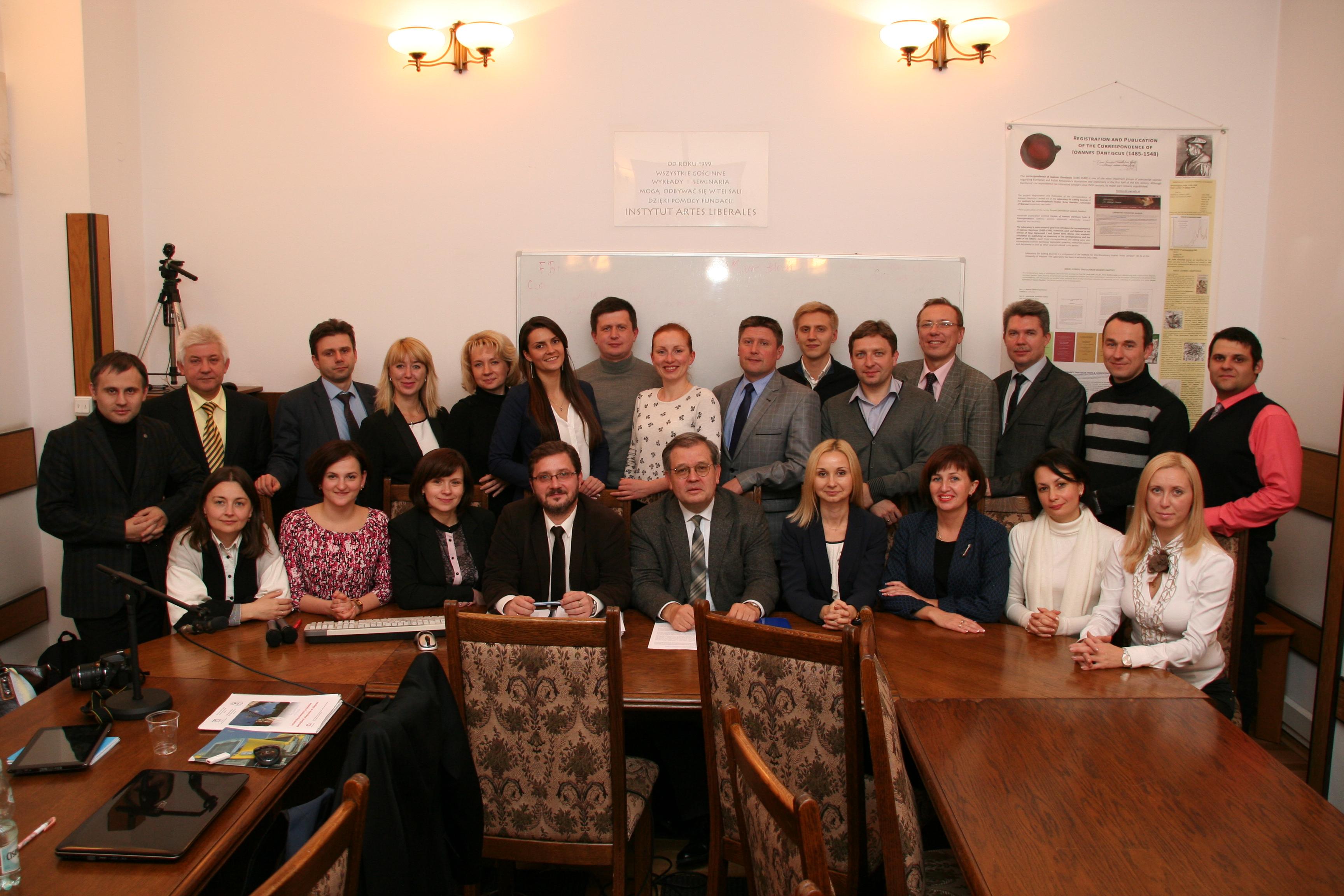 Na zdjęciu: uczestnicy projektu podczas spotkania podsumowującego i prezentacji koncepcji mikroprojektów